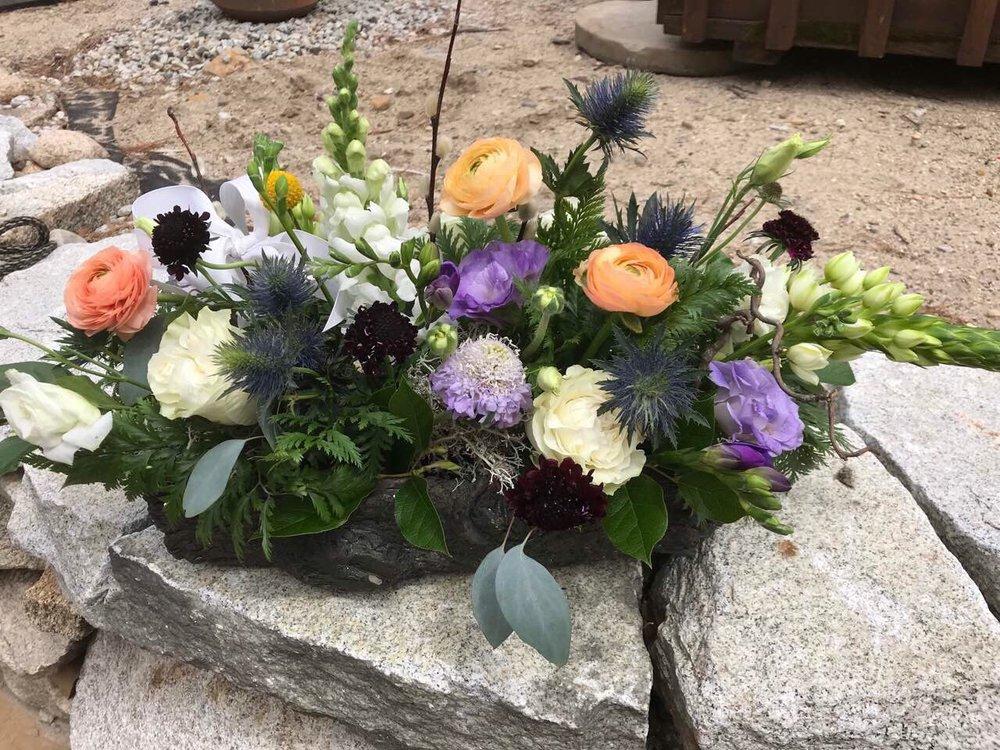 Fleurant Flowers & Design: 174 Port Rd, Kennebunk, ME