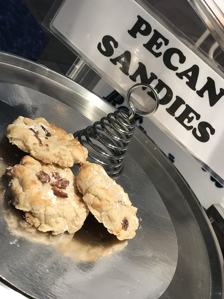 DD's Gourmet Cookies: 5701 SW 72nd St, Miami, FL