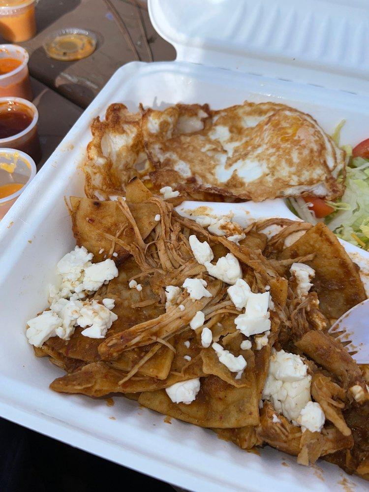 El Valle Mexican Restaurant: 107 W Humboldt St, Bingen, WA