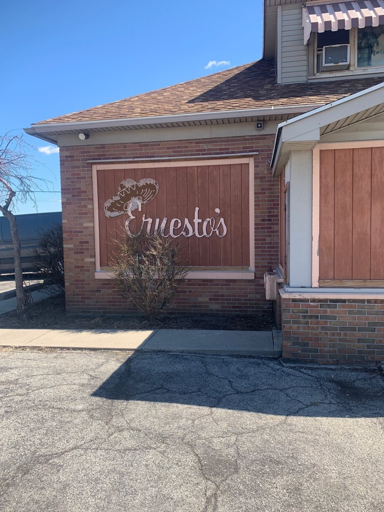 Ernesto's Mexican Restaurant: 20825 State Rte 51 W, Genoa, OH