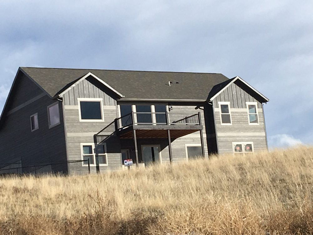 Marilyn Connor and Jenni Grovom - RE/MAX of Helena   1060 Helena Ave, Helena, MT, 59601   +1 (406) 439-7722