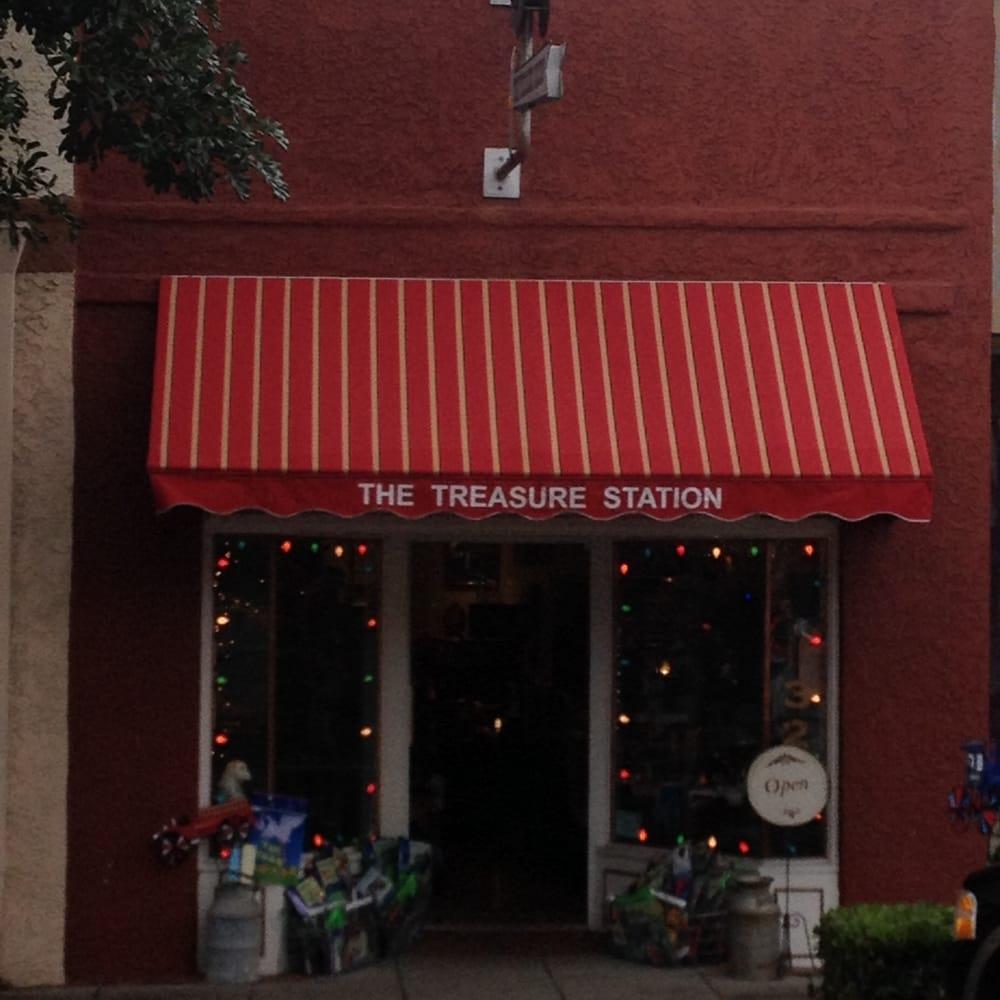 The Treasure Station: 321 Central Ave, Fillmore, CA