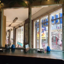 Coffeeshop Blue Bird - 13 Photos & 18 Reviews - Pubs - Sint