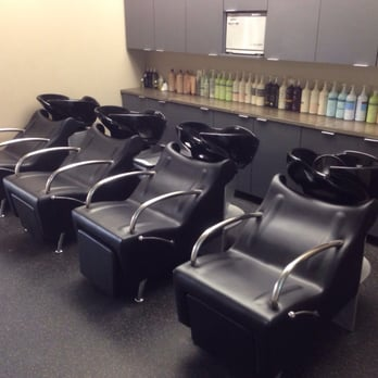 Serenity couture salon 12 photos waxing 650 s praire for Wax chair salon
