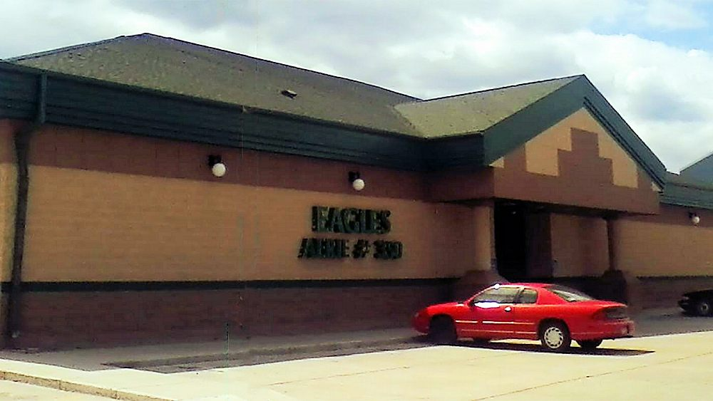Fraternal Order of Eagles Aerie 350: 227 10th St NW, East Grand Forks, MN