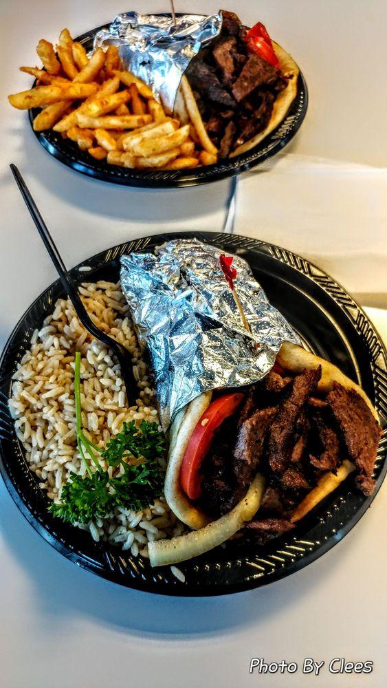 The Mad Greek Cafe: 72112 Baker Blvd, Baker, CA