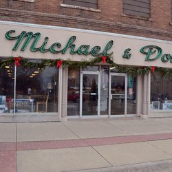 Michael dowd furniture stores 117 w 4th st vinton for Phone number for michaels craft store