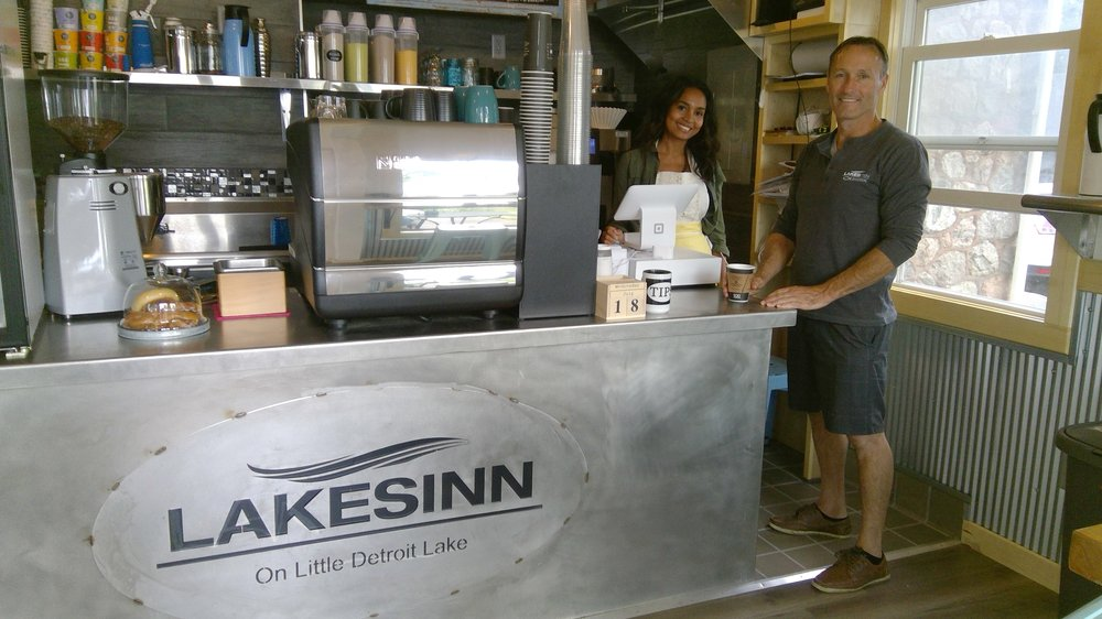 A'moreek Cafe: 702 West Lake Dr, Detroit Lakes, MN