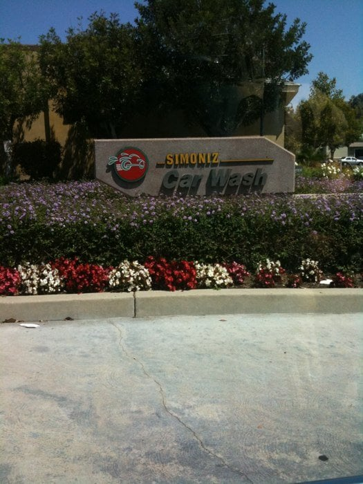 Janss Mall Touchless Car Wash: 467 N Moorpark Rd, Thousand Oaks, CA