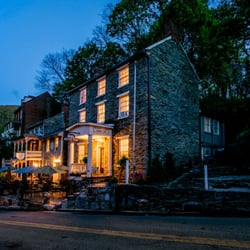 Photo Of Bistro 1840 Harpers Ferry Wv United States Beautiful Evening At