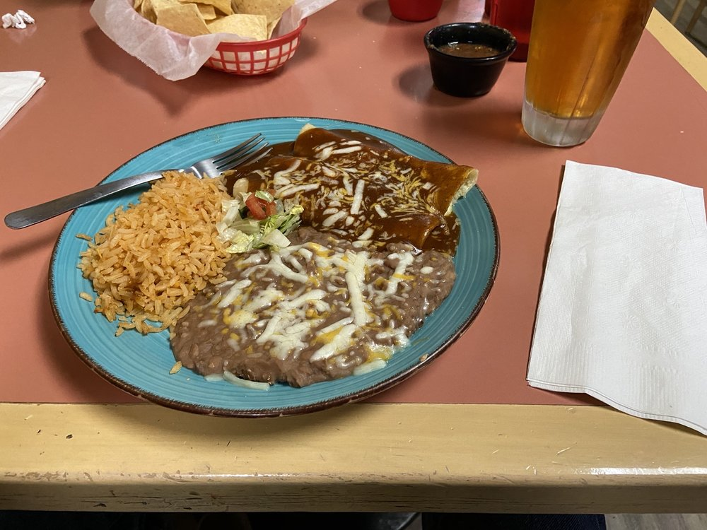 Social Spots from Barbudos Mexican Grill & Cantina