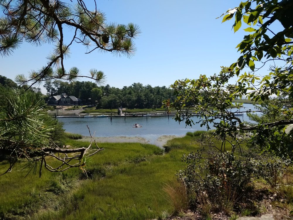 Farm River State Park: Mansfield Grove Rd, East Haven, CT