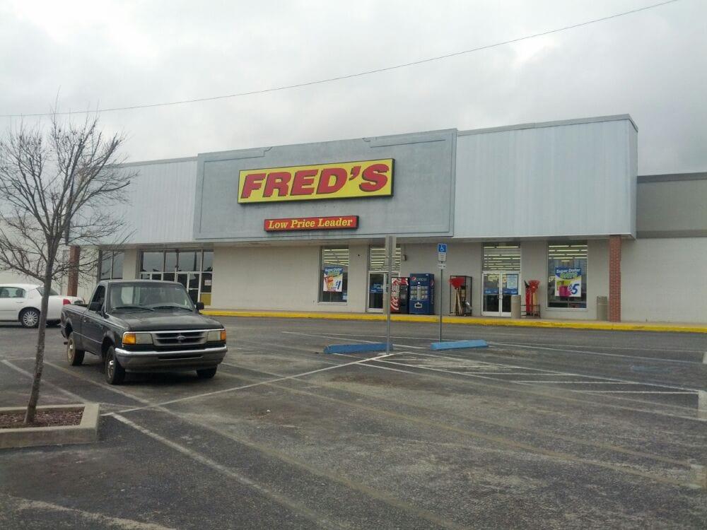 Fred's Discount Store: 6522 Caroline St, Milton, FL