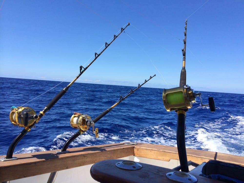 Hawaii deep sea fishing 20 photos fishing 307 lewers for Deep sea fishing hawaii