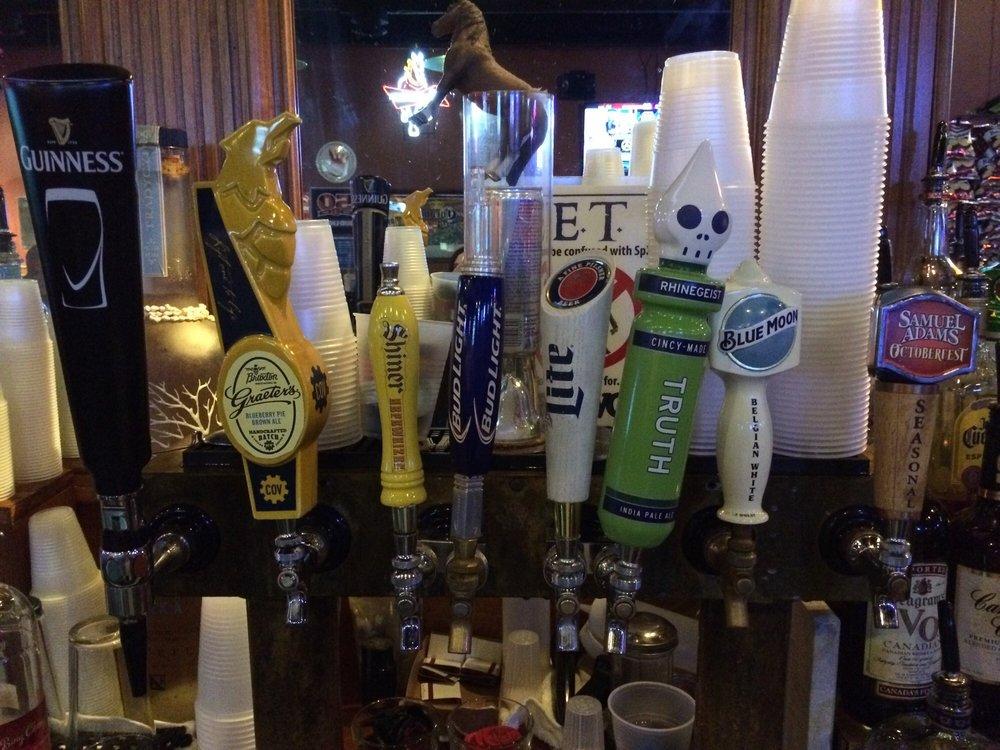 The Edgewood Tavern: 112 Barnwood Dr, Edgewood, KY