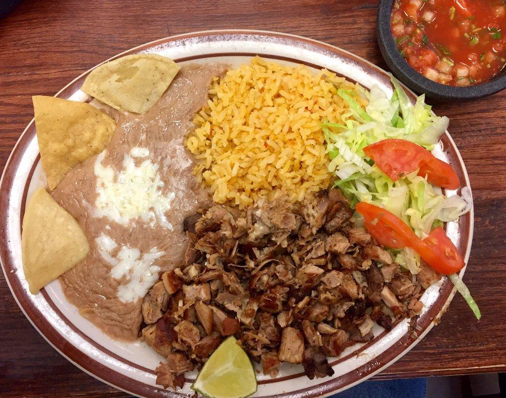 Food from Taqueria Los Comales