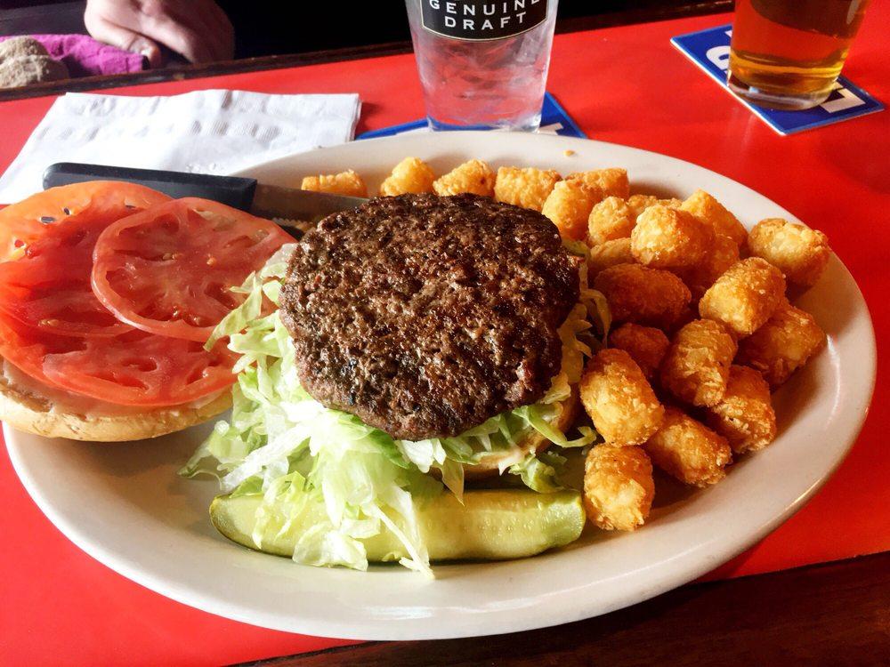 Amber Inn Bar & Grill: 840 E Madison St, Eau Claire, WI