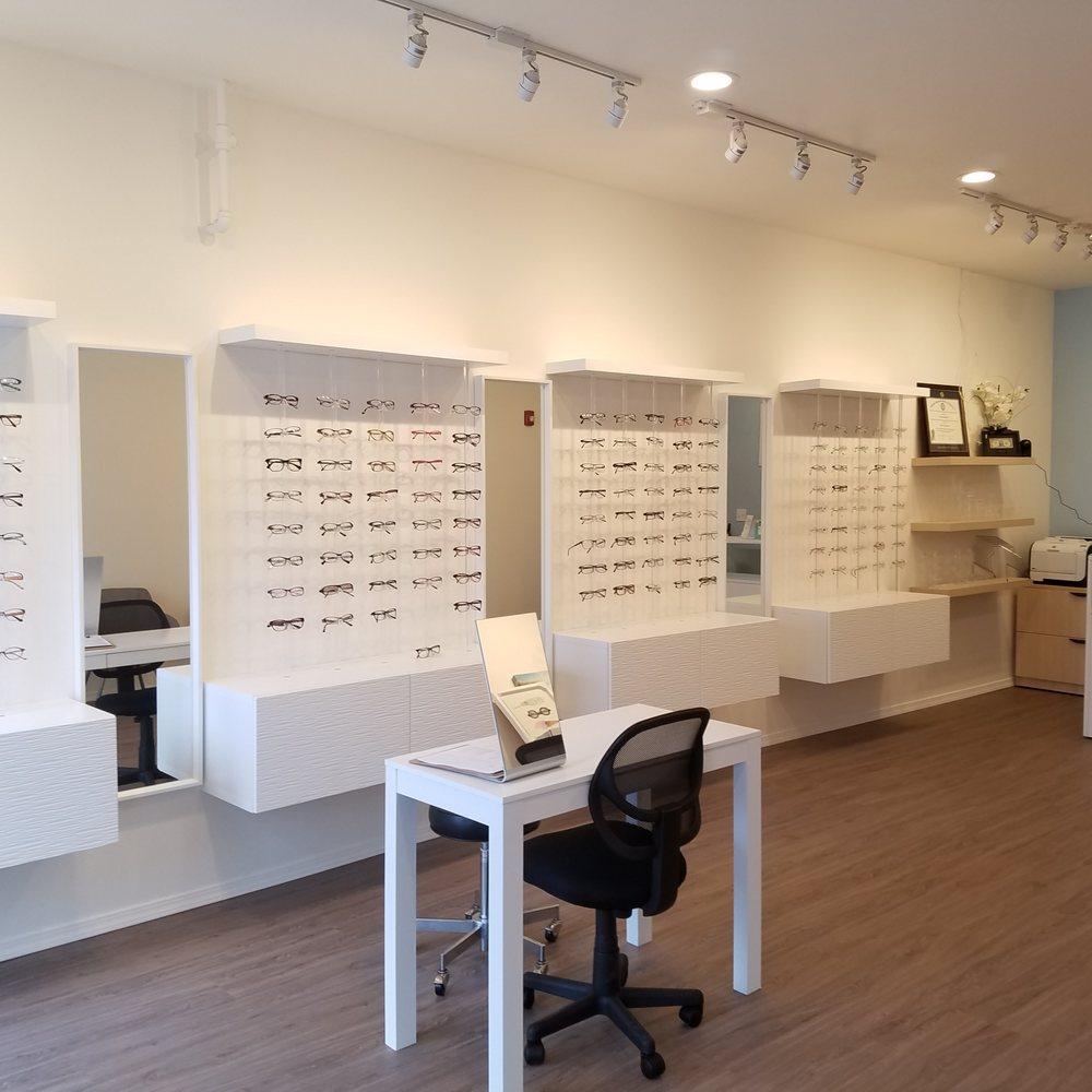 Burien Family Eye Care: 916 SW 152nd St, Burien, WA
