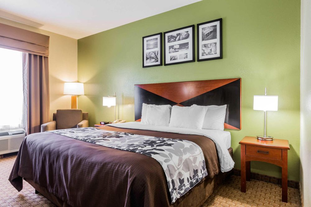 Sleep Inn & Suites Millbrook - Prattville: 2295 Cobbs Ford Rd, Millbrook, AL