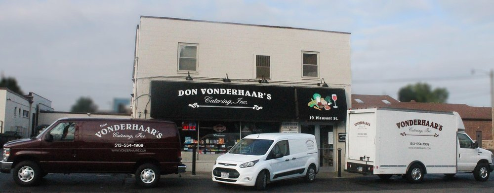Don Vonderhaar's Market: 19 W Pleasant St, Reading, OH