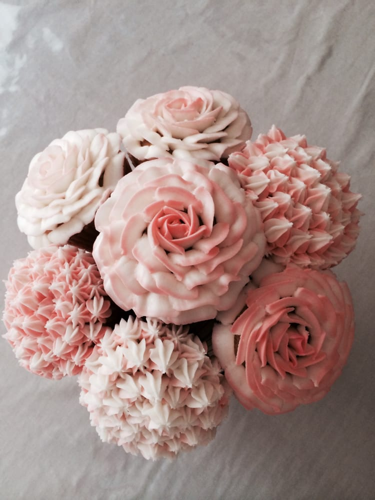 Our fabulous cupcake bouquet! $35 made to order, comes in a flower ...