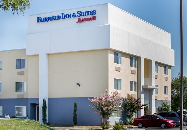 Fairfield Inn & Suites by Marriott Lumberton: 3361 Lackey Street, Lumberton, NC