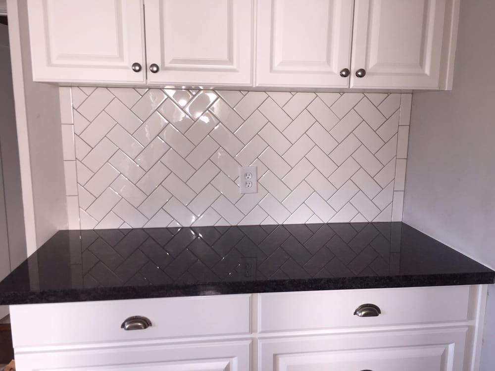 Best Pin By Josh Rice On Bathroom Tile White Tiles Black 400 x 300