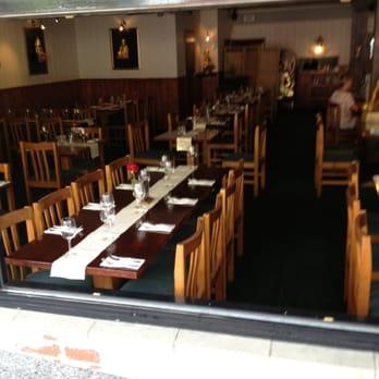 Aroy dee thai restaurant dress code for Aroy thai cuisine portland or
