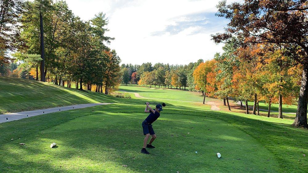 Overlook Golf Club: 5 Overlook Dr, Hollis, NH