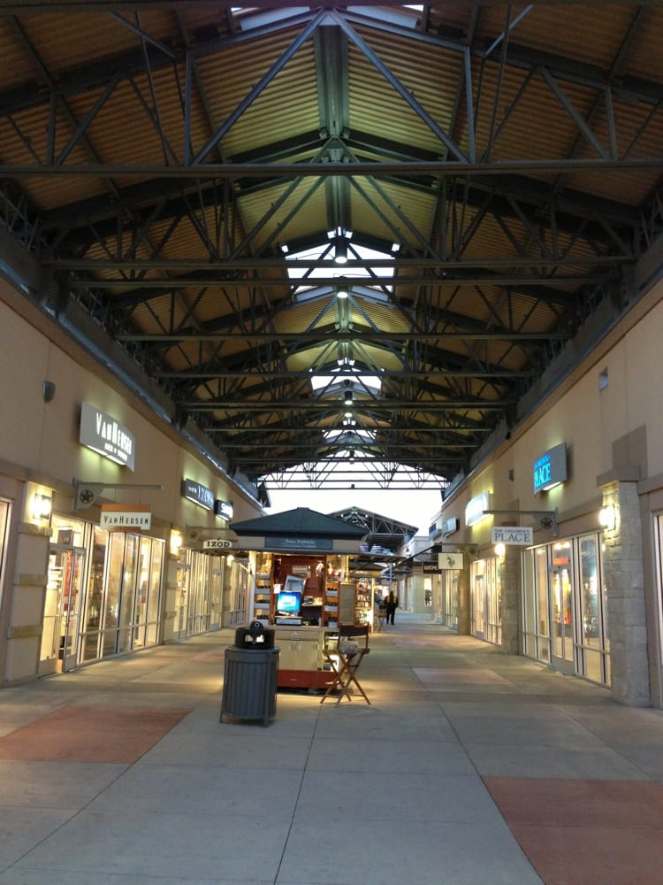 s for Round Rock Premium Outlets Yelp