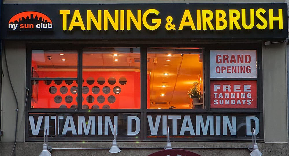 Nyc 39 s hottest tanning salon located at 1461 3rd ave on the for 24 hour tanning salon nyc