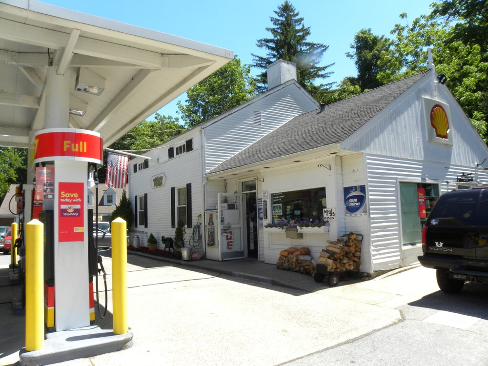 Shell: 222 Glenville Rd, Greenwich, CT