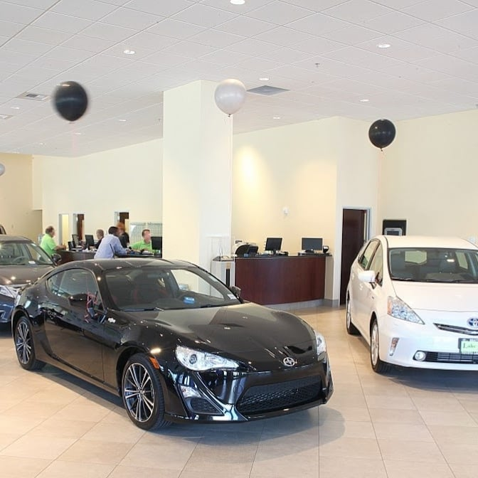 Car Dealerships Lake City Seattle