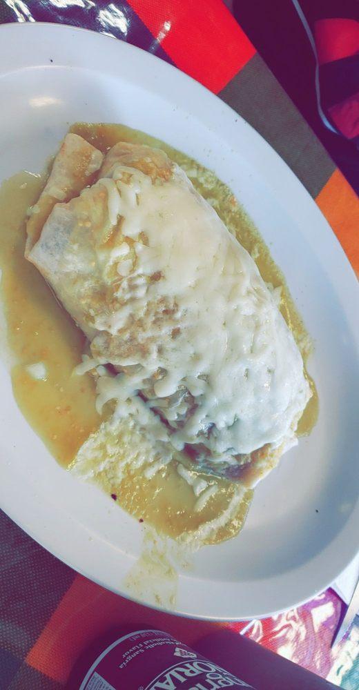 La Tapatia Tacos Y Tortas: 2100 North Rancho Avrnue, Colton, CA