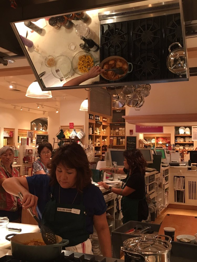 Williams-Sonoma Cooking Class