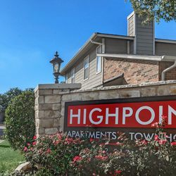 Photo Of Highpoint Apartments Townhomes Plano Tx United States 1