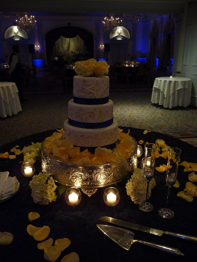 Wedding Cake Navy Blue And Gold Yelp