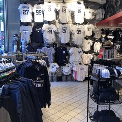 976c6af7695 Yankees Clubhouse Shop - CLOSED - 11 Photos   23 Reviews - Sports ...