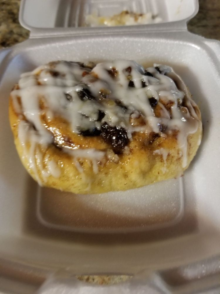 Connie's Bakery & Specialty: 501 Thurgood Marshall Hwy, Kingstree, SC