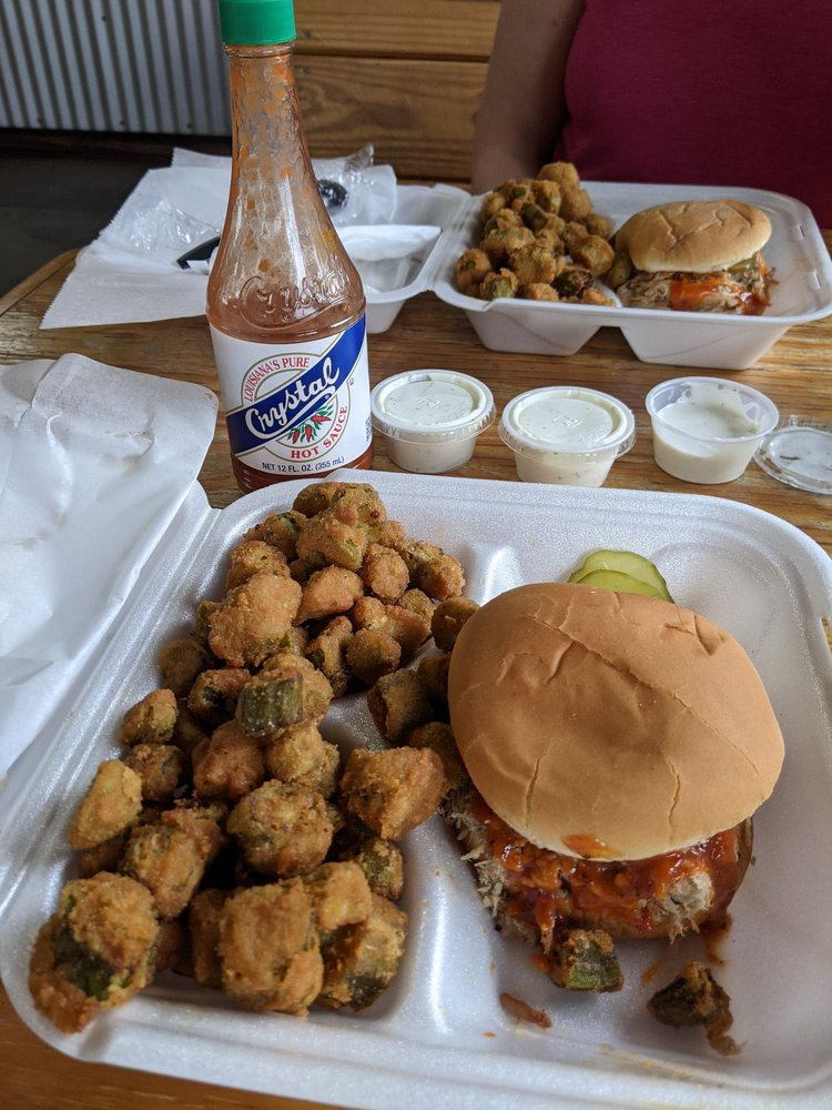 Hook's Real Pit BBQ: 605 Mlk Jr Expy, Andalusia, AL