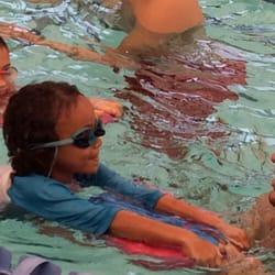 Guppies swim school swimming lessons schools palms los angeles