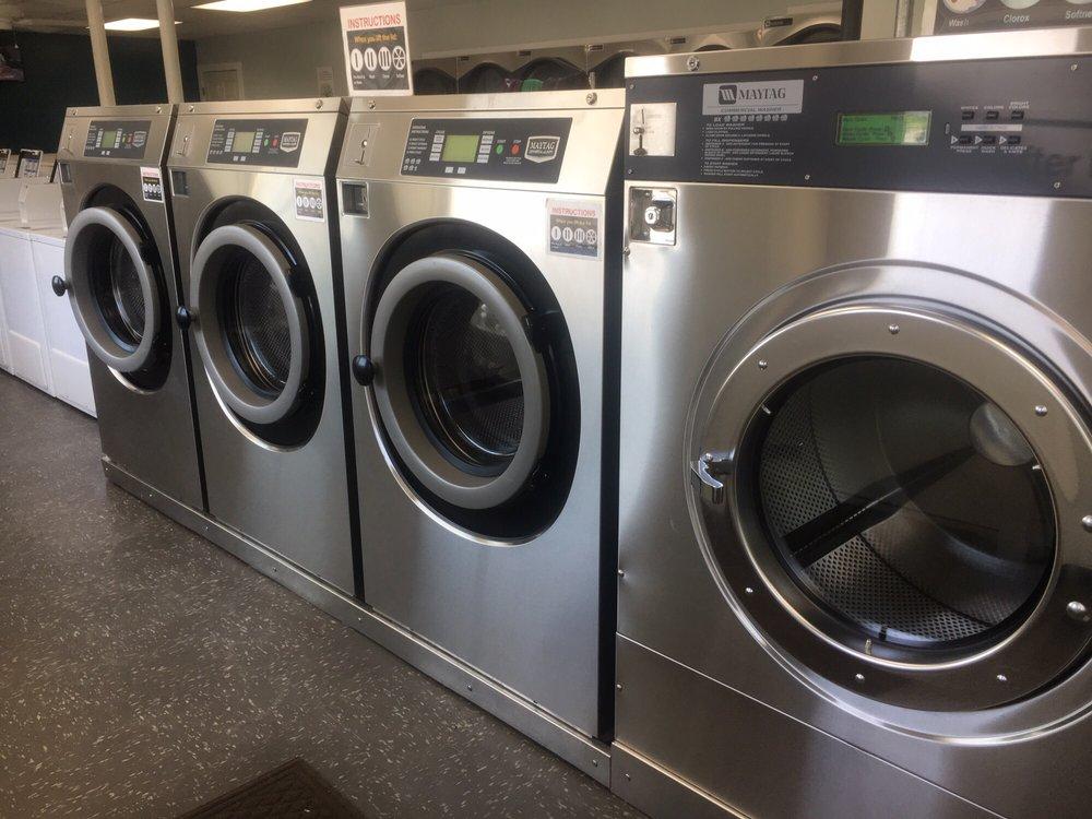 Apple Creek Laundromat: 15 Mill St, Apple Creek, OH