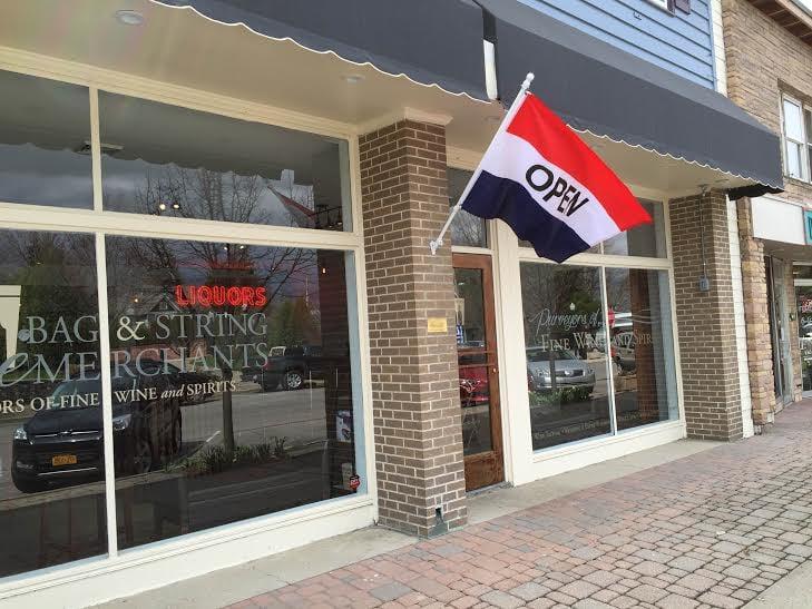 Bag & String Wine Merchants: 110 Chautauqua Ave, Lakewood, NY