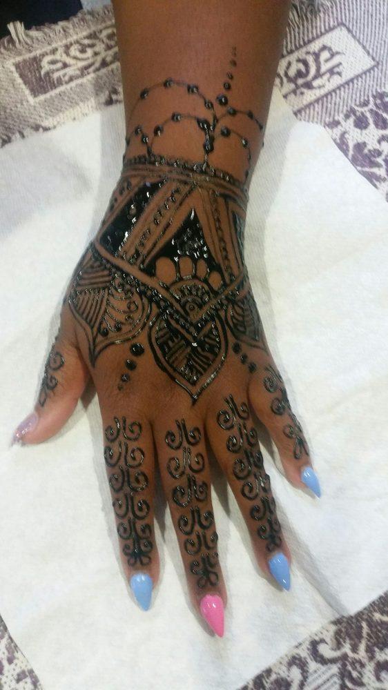 Aruna's Threading and Henna: Artesia, CA