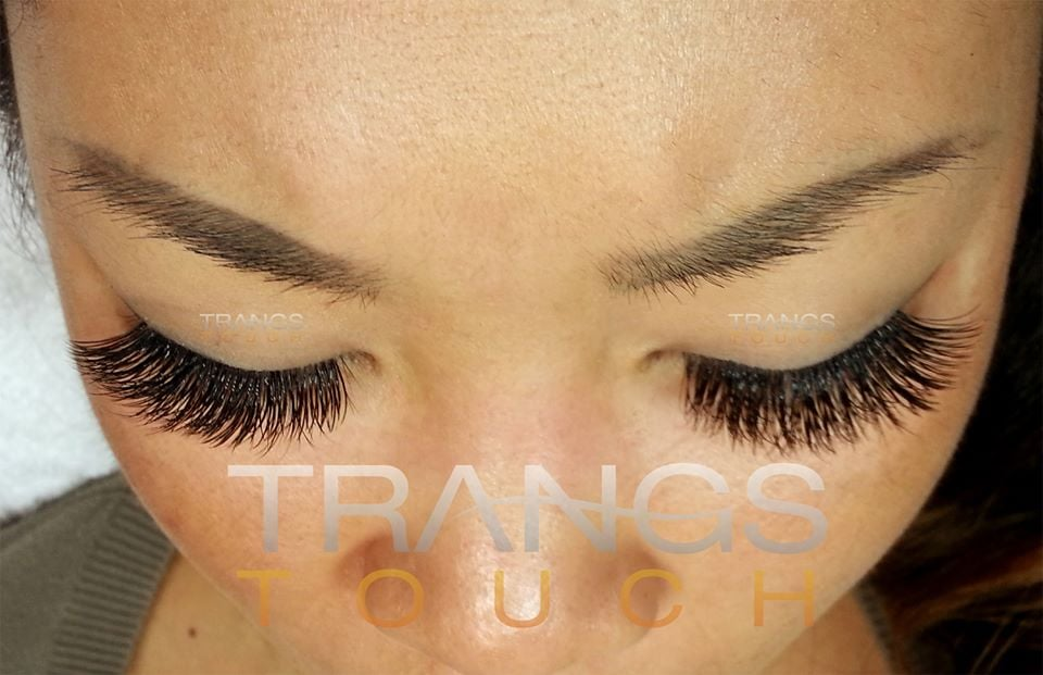 3D, 4D high volume extensions on Asian eyes. Lashes by ...