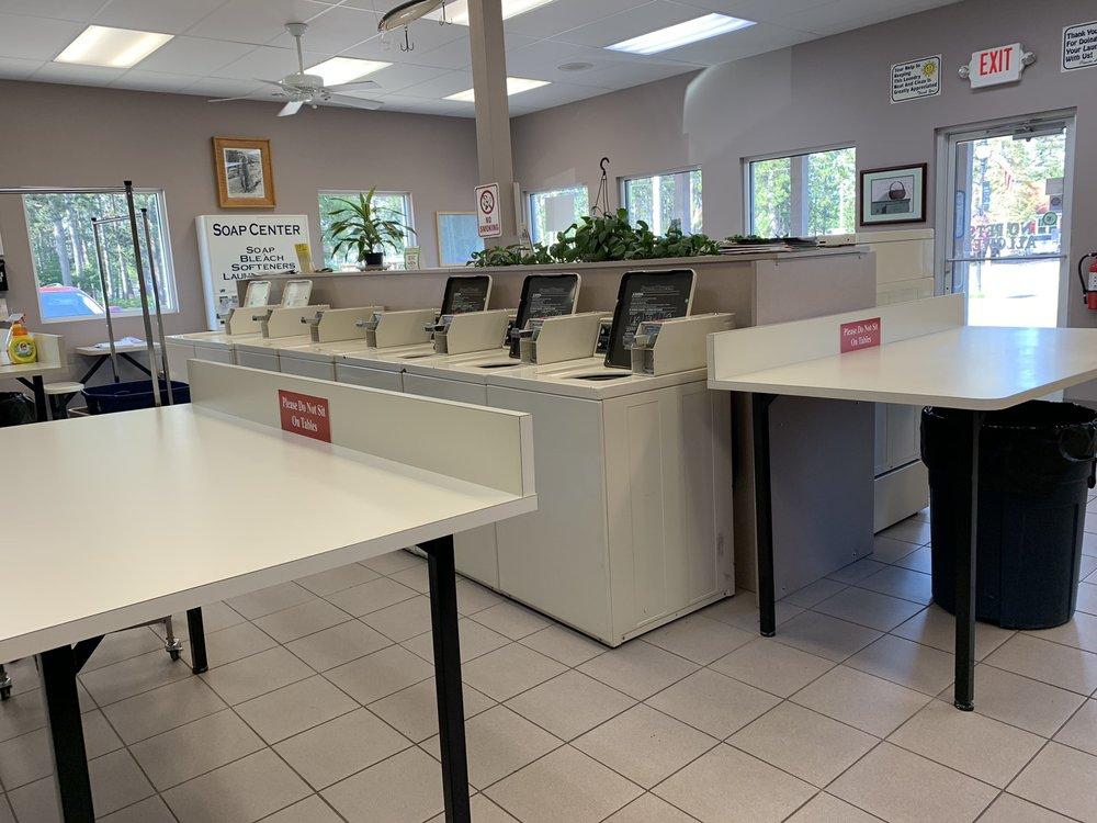 Boulder Junction Laundromat: 5434 Park St, Boulder Junction, WI