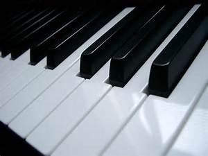 Gregory Smith Piano Tuning: 1708 W Clark Ave, Burbank, CA