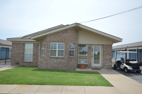 Museum Road Storage Center 1325 Rd Conway Ar Warehouses Self Mapquest