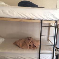 amsterdam hostel 41 photos 52 reviews hostels 749. Black Bedroom Furniture Sets. Home Design Ideas