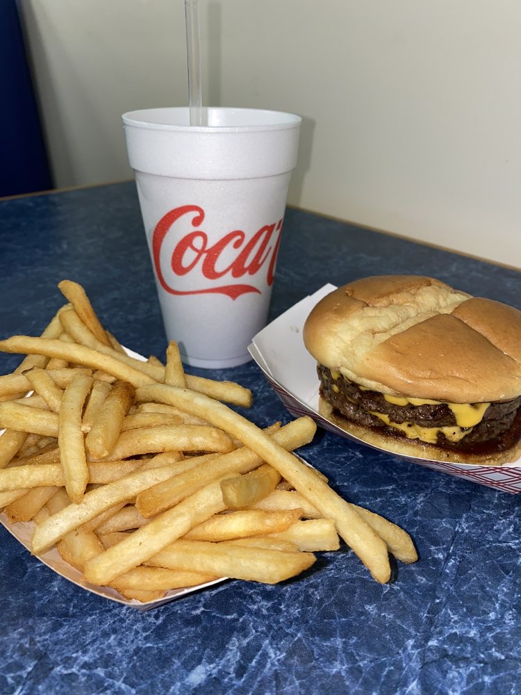 Thunder Road Grill: 11141 Old US Hwy 52, Winston Salem, NC